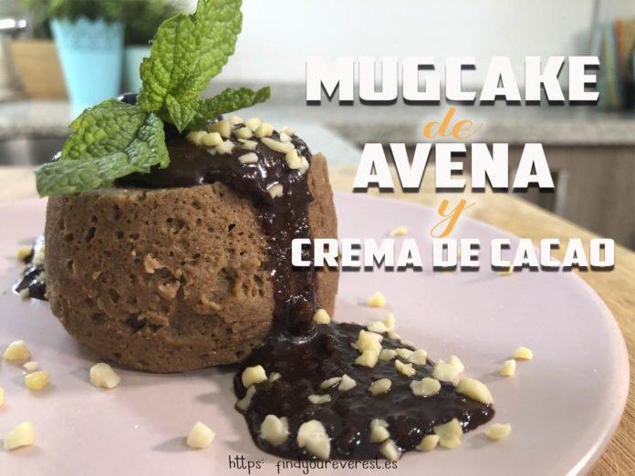 MUGCAKE DE AVENA Y CREMA DE CACAO